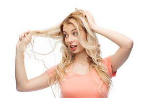 cabello encrespado